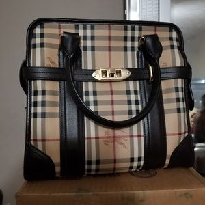 Burberry minford tote bag
